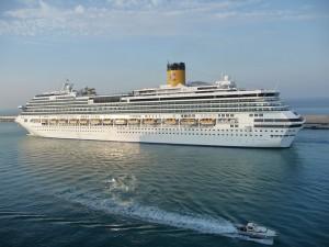 cruise-ship-429984_640