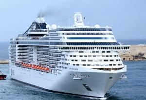cruise-ship-144830_1280