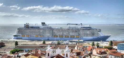 cruise-ship-917618_1280