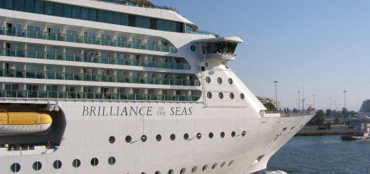 cruise-589359_1280